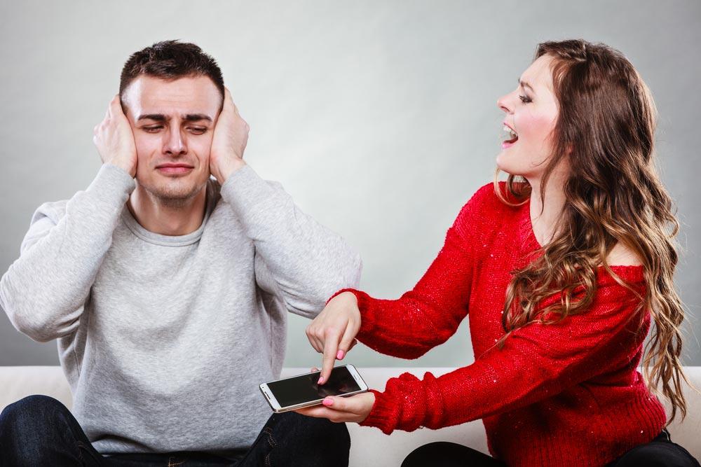 Mon mari me trompe et n'assume pas!
