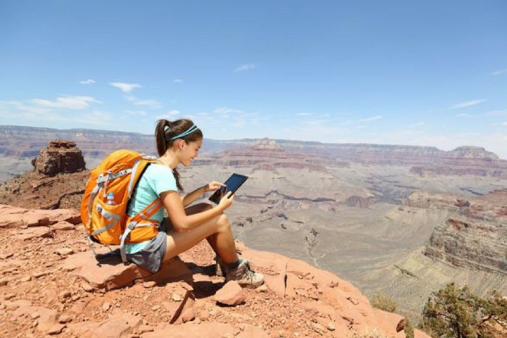 femme randonnee montagne