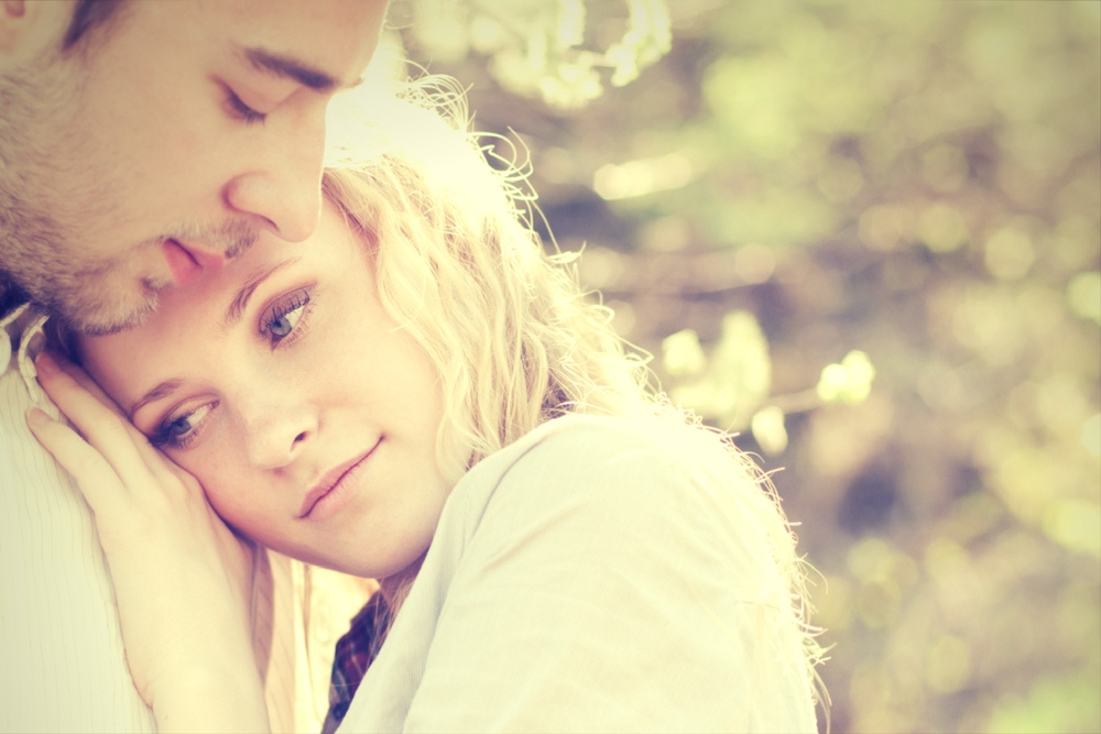 couple amoureux l ete