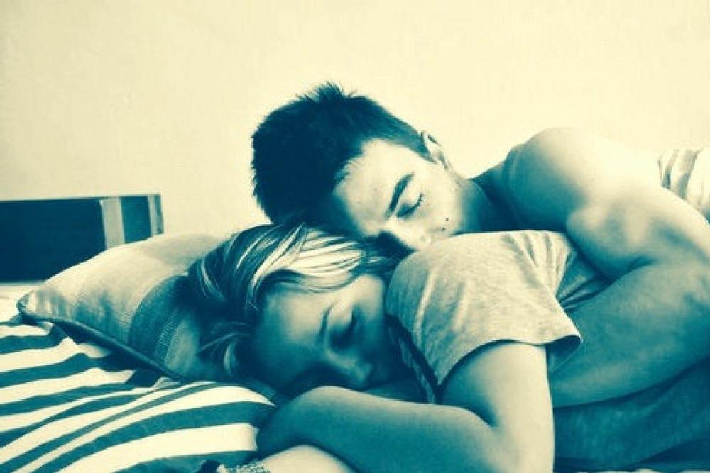 couple dans son lit