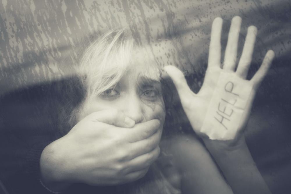 femme violee